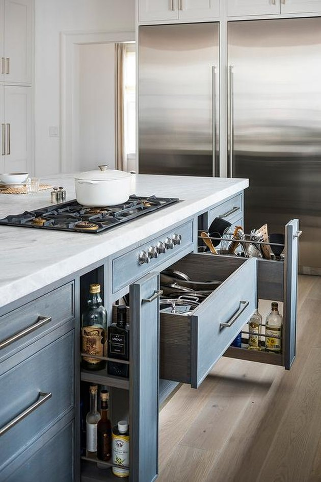 gas stovetop in kitchen island
