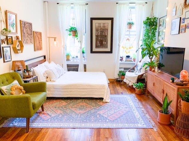 KC Cibran's 280-square-foot apartment