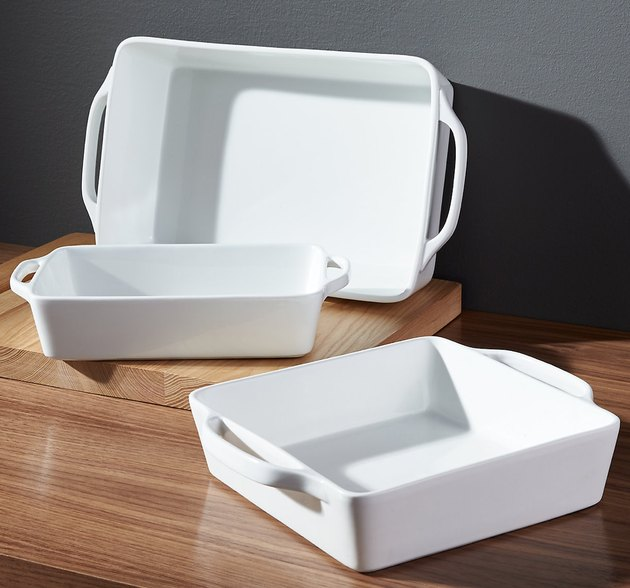 White baking dishes. small stove size