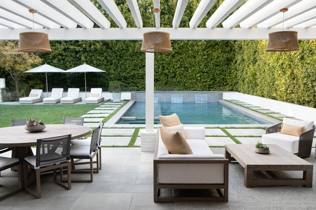 Contemporary pools privacy hedges