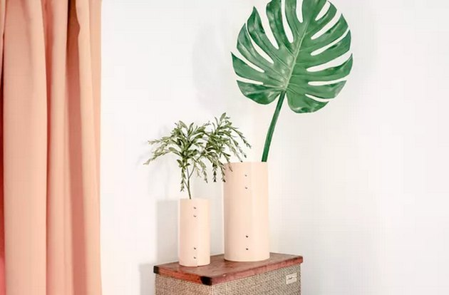 Leather vase using rivets
