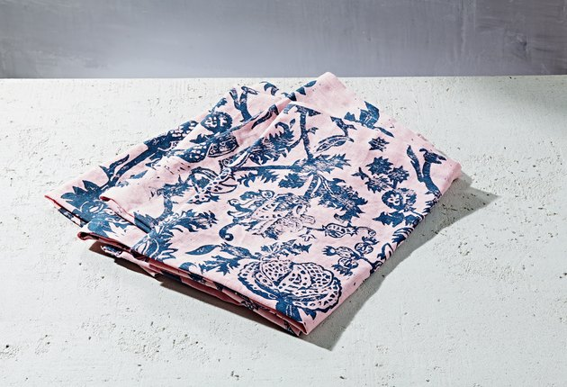 pink and blue pattern linen napkin set