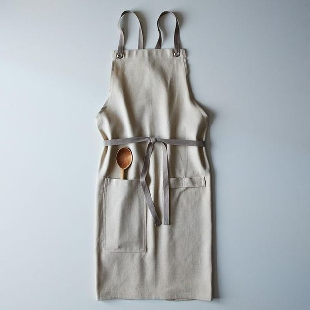 cottagecore holiday gift guide linen apron