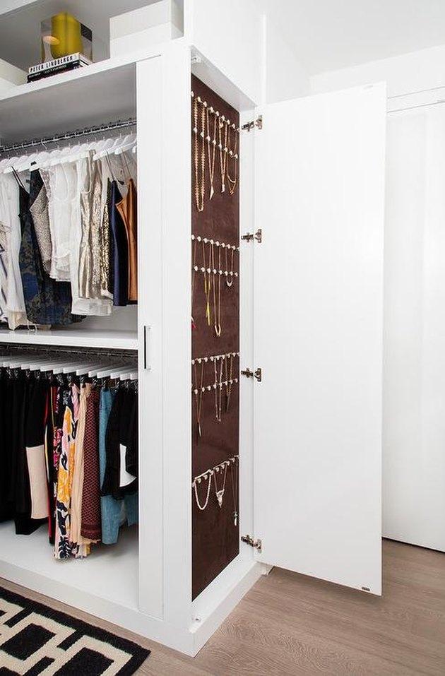 customized closet jewelry organizer idea