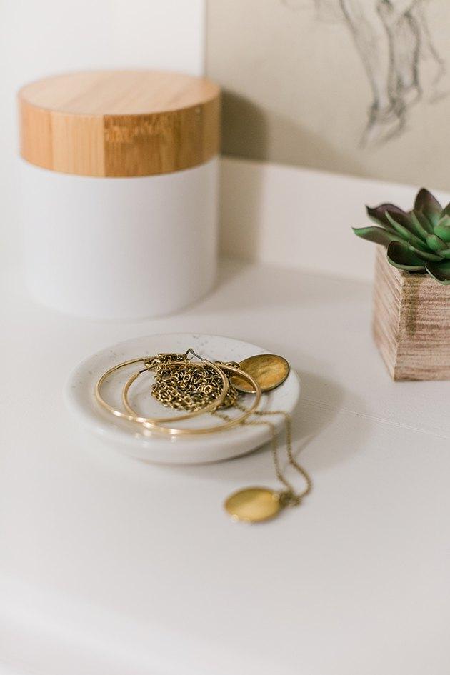 jewelry organizer idea with stone catchall