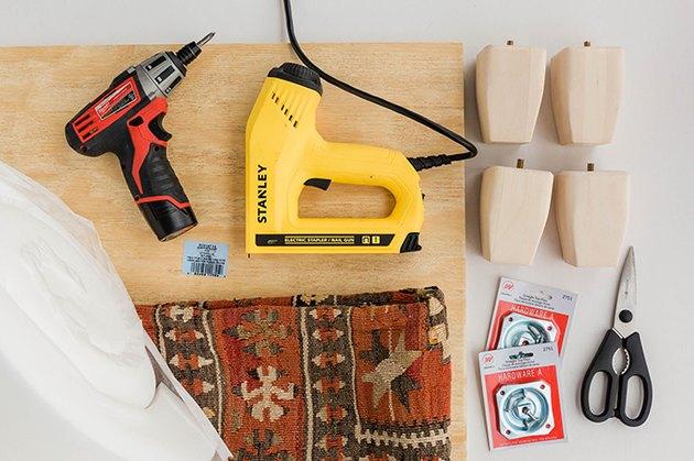 Voici ce dont vous aurez besoin pour fabriquer votre pouf rembourré.