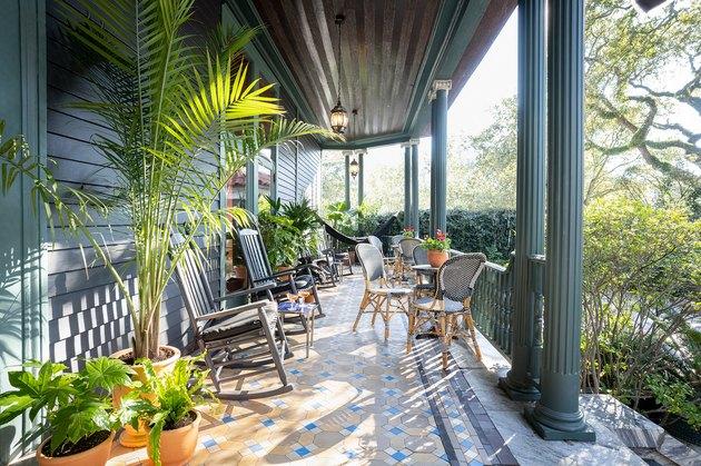 Porch at The Chloe