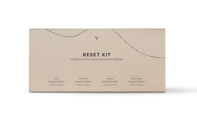tan Reset essential oils gift kit