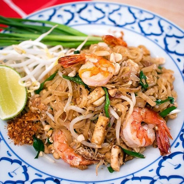 Hot Thai Kitchen Authentic Pad Thai Recipe