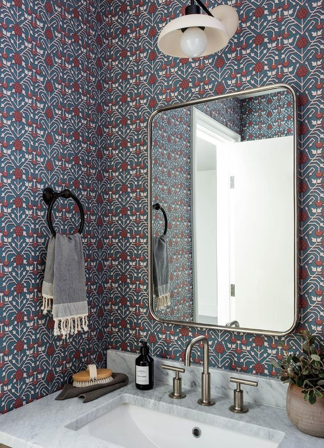 small bathroom wallpaper with small pattern