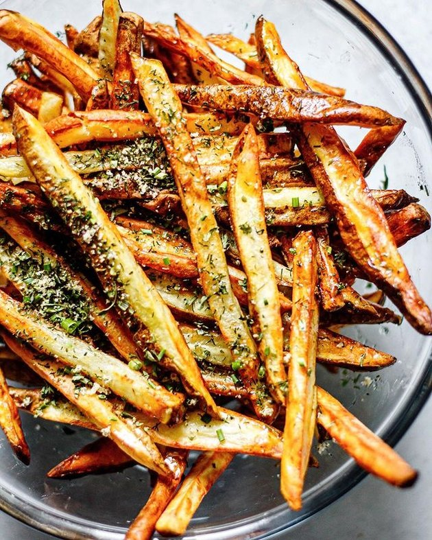 All the Healthy Things Crispy Homemade Air Fryer French Fries