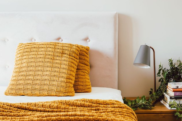 Instructions for cleaning an upholstered headboard