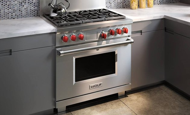Wolf stove in gray kitchen