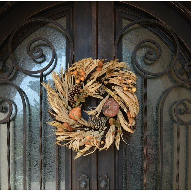 Thanksgiving wreath with wheat berry and corn husk