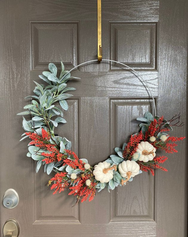 Thanksgiving Wreath with Pumpkins and Lambs Ear