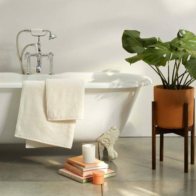 Brooklinen Super-Plush Bath Towels