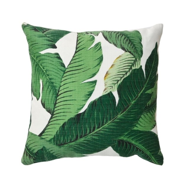 One of our favorite prints, the Banana Palm print is reminiscent of the iconic Beverly Hills Hotel. Use this pillow in any room to add a touch of bohemian chic.