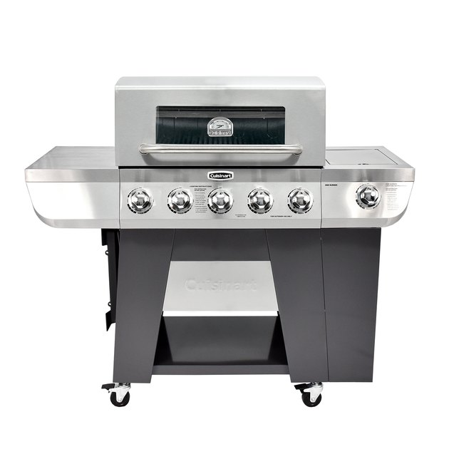 Expand the culinary artistry of your breakfast, lunch and dinner fare with the cooking versatility of grilling, griddling and smoking on your Cuisinart 3-in-1 Five-Burner Gas Grill. The ready to use cast iron griddle delivers quick and even cooking that can easily be stored on the side of the grill.
