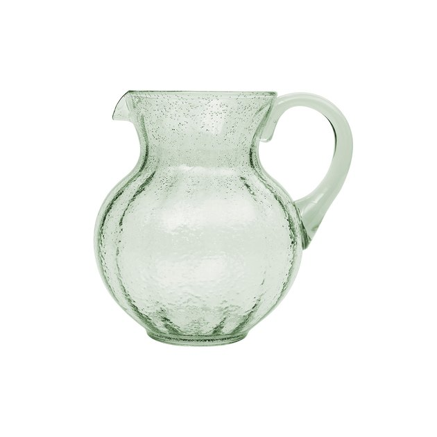 Made from durable plastic, this pitcher is sure to impress while you're entertaining or enjoying a cocktail at home. The Leggero Bubble pitcher is made from durable plastic that is shatter and impact resistant, making it ideal for family gatherings indoors or out.