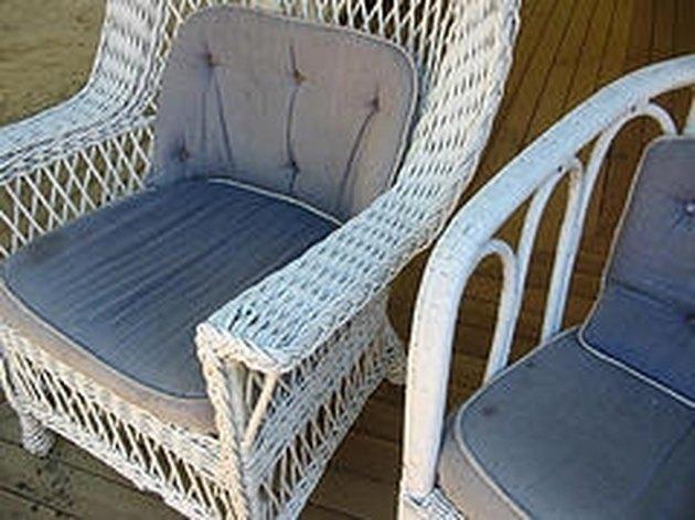 How to Restore Outdoor Wicker Furniture