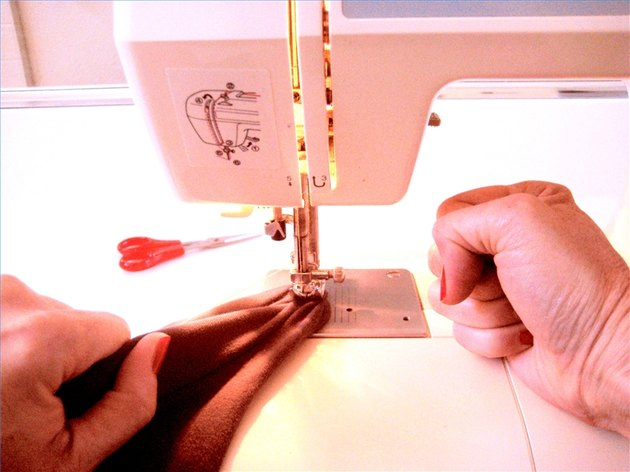 How to Unjam a Sewing Machine