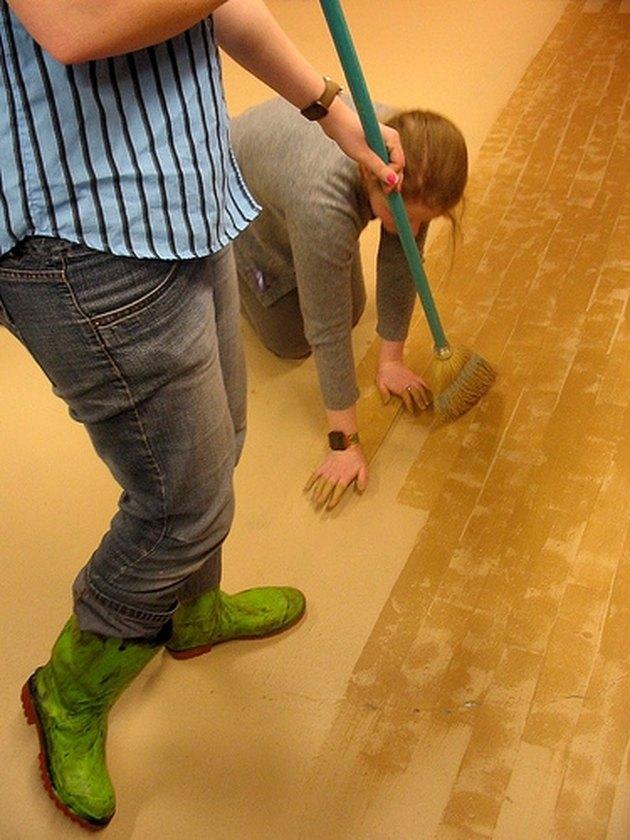 Painting Linoleum Flooring Hunker
