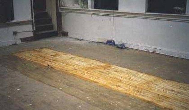 How Remove Carpet Glue From Floor Tile Hunker