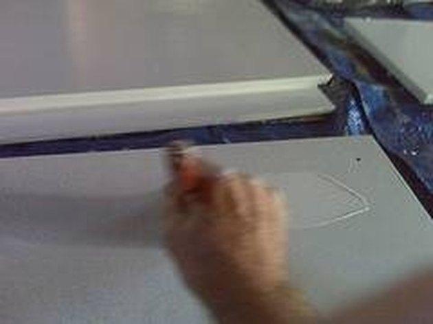 How to Paint Wood Veneer
