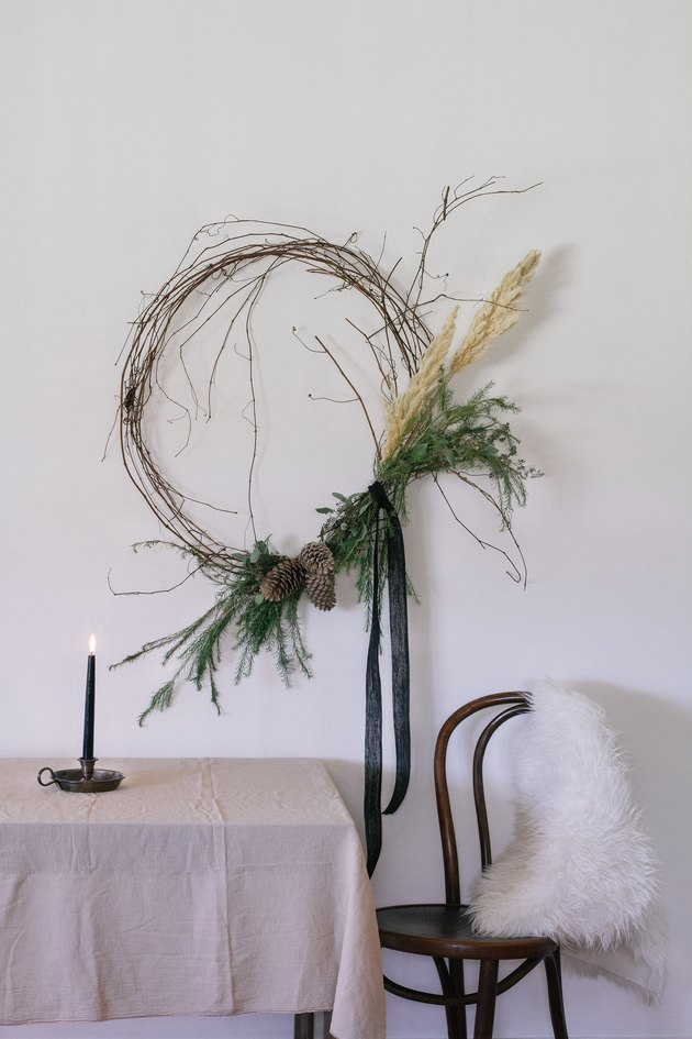 Grapevine wreath with black ribbon for Christmas decorations list