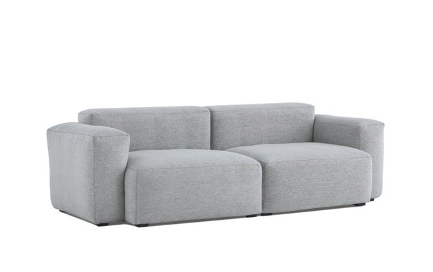 This collection features solid construction and high-density down-wrapped foam cushions to ensure lasting comfort, with rounded edges and soft cushions to keep the aesthetic casual.