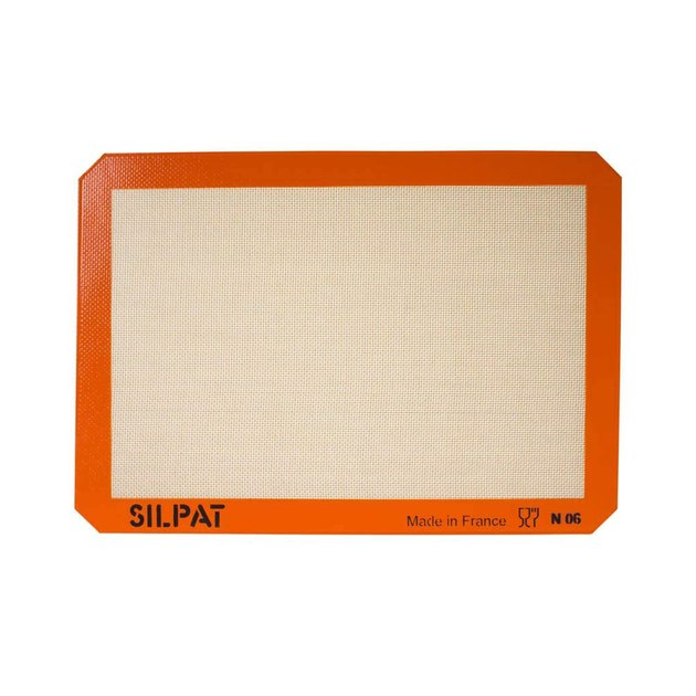 Turn ANY pan into a non-stick surface and save time cleaning up! Use Silpat instead for any baking recipe (sweet or savory) that calls for parchment paper; Silpat replaces the need for butter, grease, oils, and sprays.