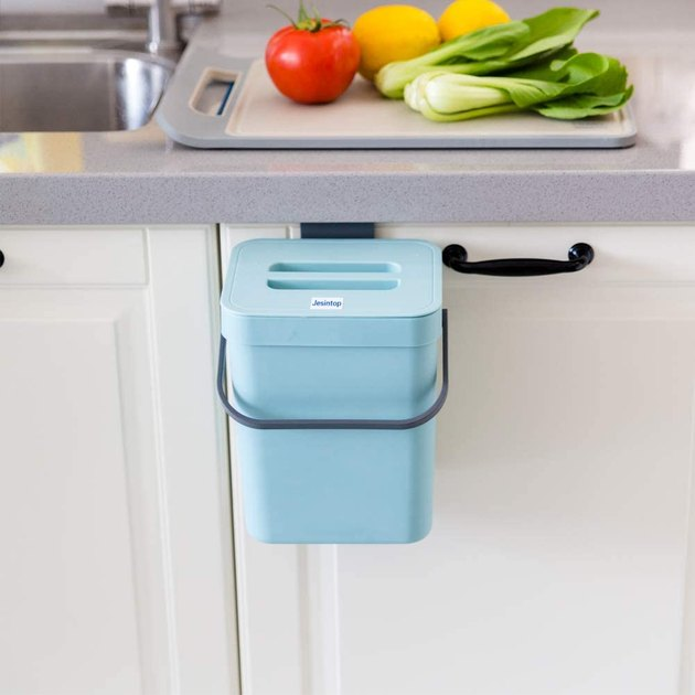 Easily carry or hang this sleek and multi-functional compost bin. Select between blue, green, white, and black to best complement your decor. Plus, with a durable, easy-to-clean, non-toxic design, you won't have to worry about dogs sniffing their way into your bin or any unwanted odors escaping. The best part? You get all of this for under $20.