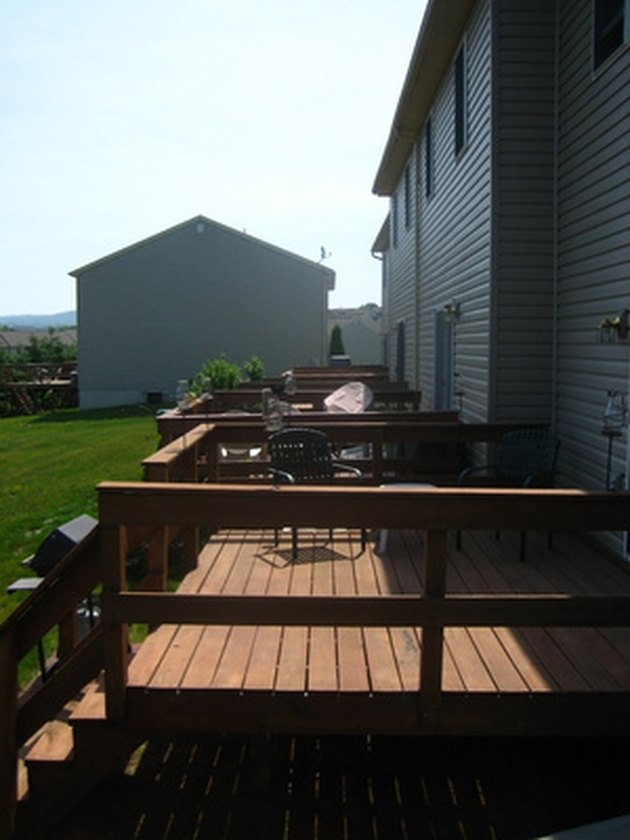 How to Clean Paint From Trex Decking