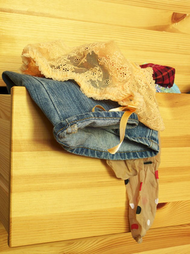 How to Remove Broyhill Dresser Drawers
