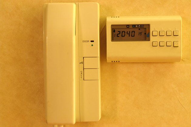 How to Troubleshoot Honeywell Heating Thermostats