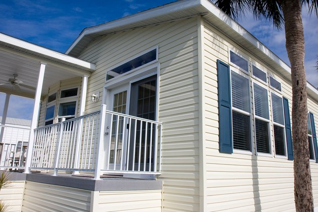 New Mobile Home, Florida Retirement Community