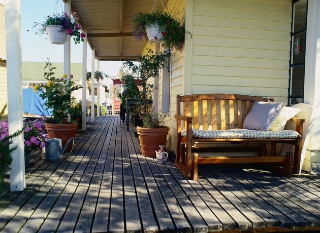 Can you use polyurethane on a wood deck hunker for Exterior polyurethane for decks