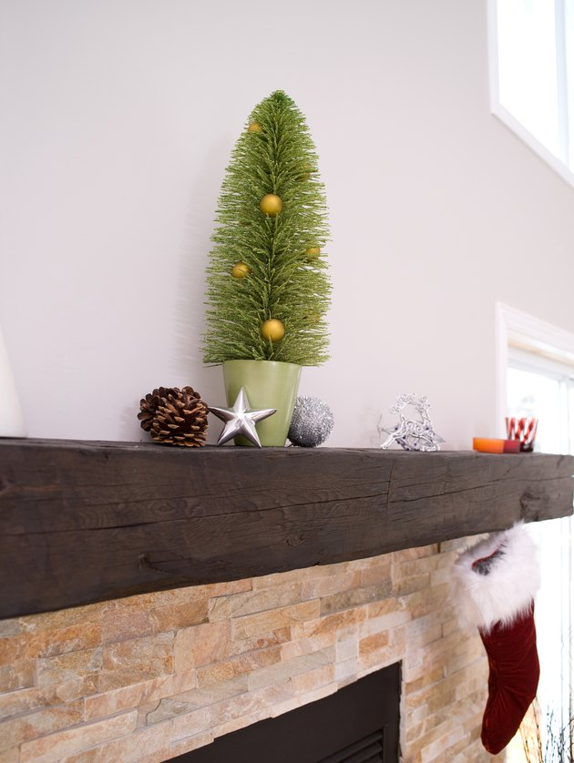 Holiday decorations on fireplace mantle