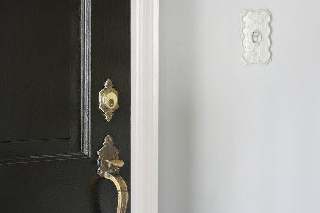 Door and doorbell
