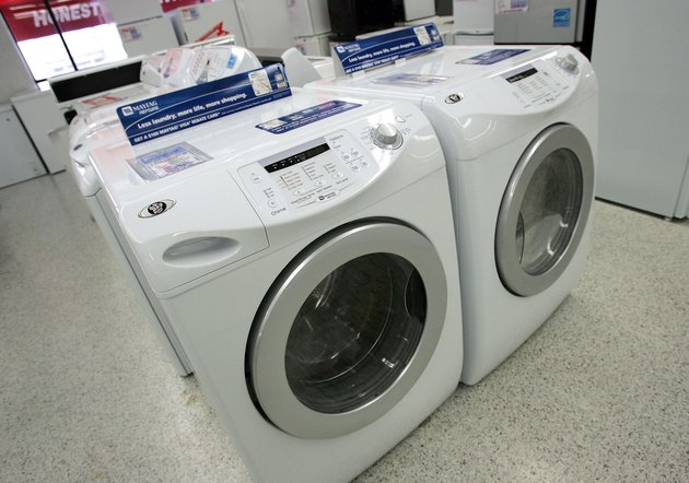Whirlpool Offers To Buy Maytag