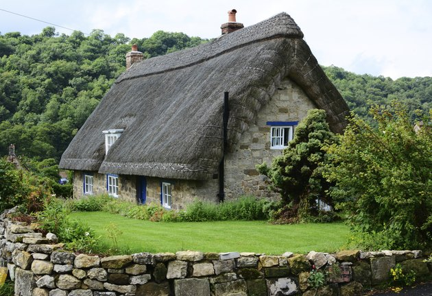 Thatched cottage in Yorkshire, England
