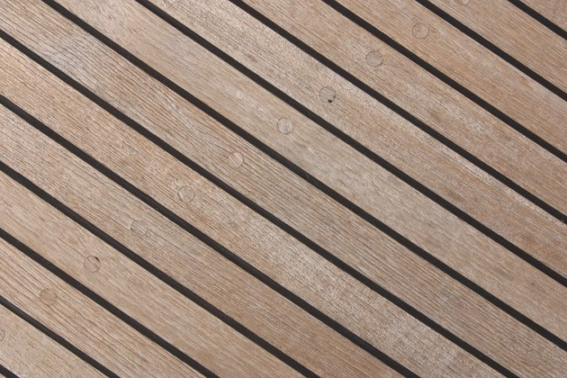 How to Build a Teak Floor for a Shower