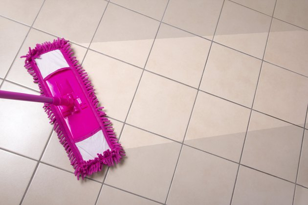 The Best Cleaning Solution For Tile Floors Hunker
