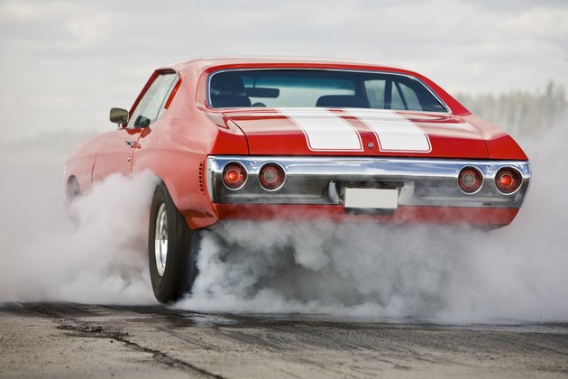 Muscle car burning rubber