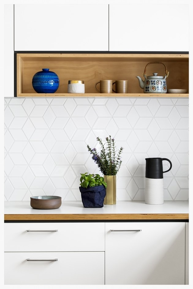 square backsplash