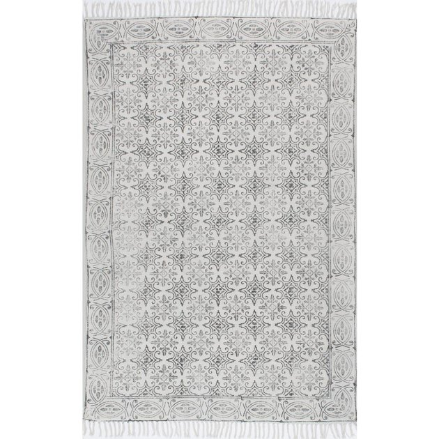 Subtle white and gray area rug