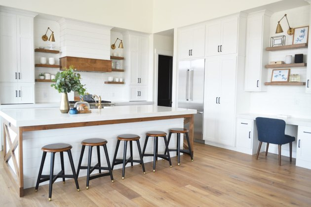 modern farmhouse with white quartz countertops
