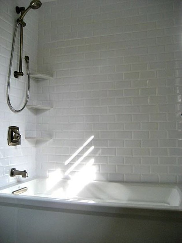 subway tiled bathtub surround