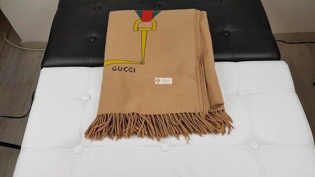 gucci throw