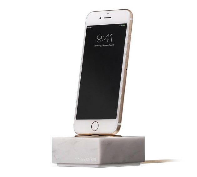 marble charging dock and cable